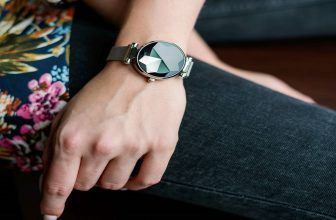 best smartwatch for women of all ages